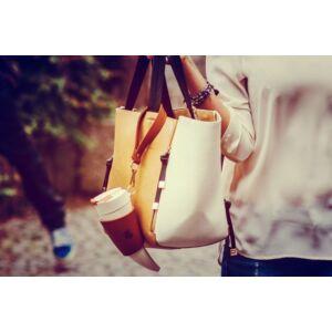 goat mug barna táskán