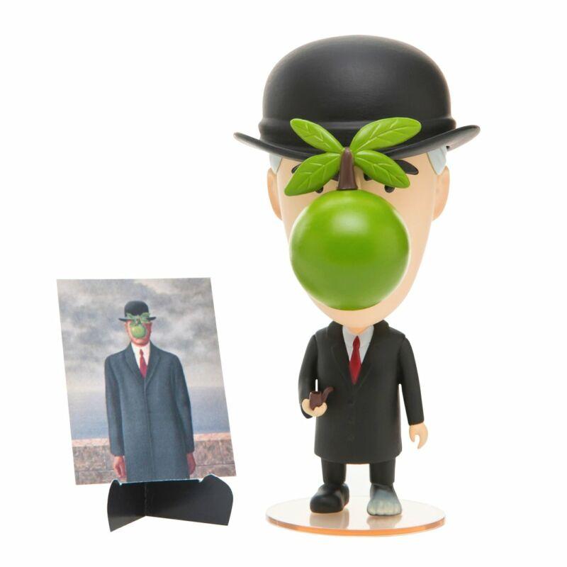 René Magritte Akciófigura