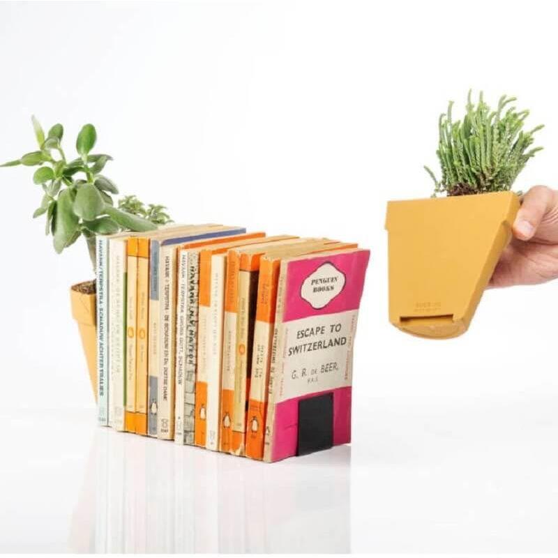 Kaspó Könyvtámasz
